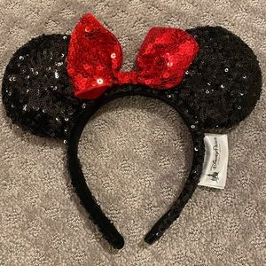 Sequin Mini Mouse Ears